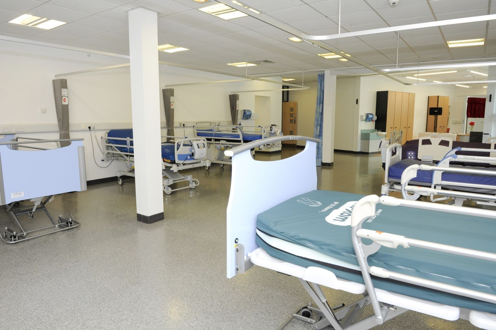 Clinical education beds